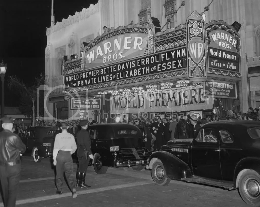 Theater in Beverly Hills 1939 Pictures, Images and Photos