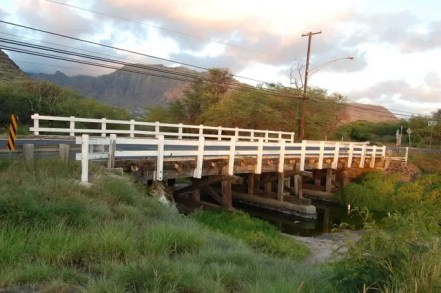 Makaha Stream Bridge at Farrington Highway