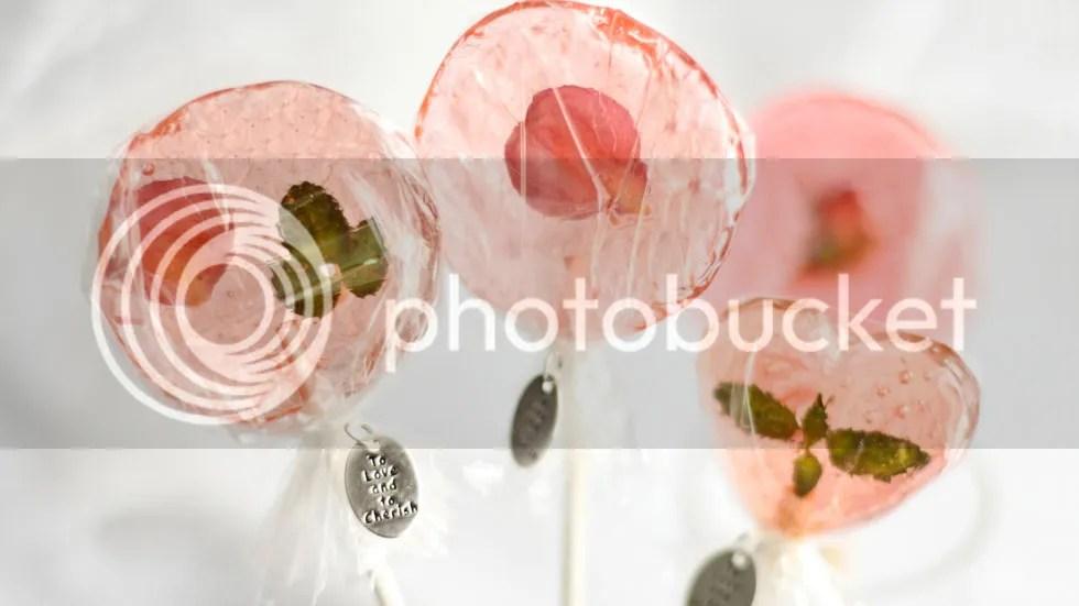Piruletas de flores comestibles photo DetallesdebodaPiruletasdeflores_zpse0a08245.jpg