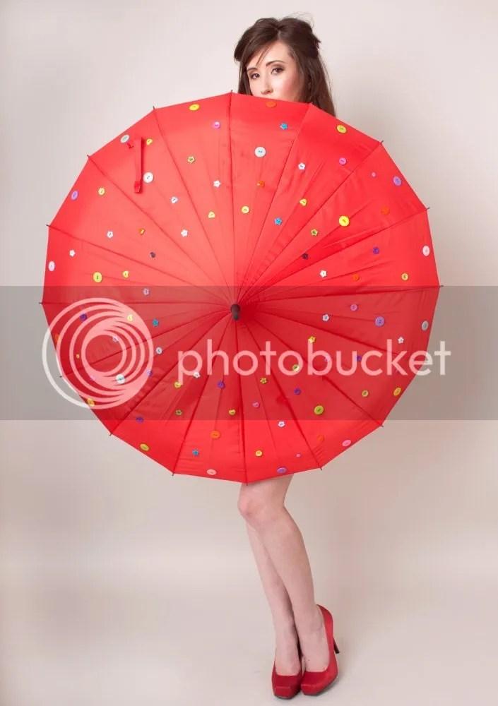 photo paraguasdebotones_zpsb5ea74c7.jpg