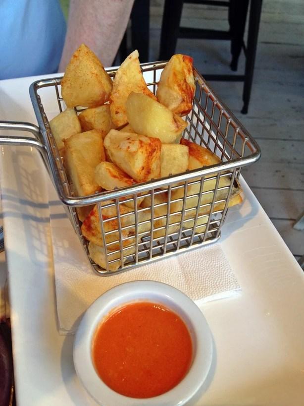 Patatas Fritas, La Farola