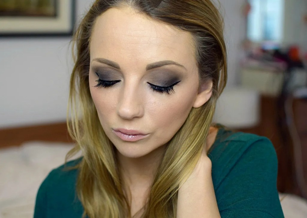 Smoky eye with Claudia For M&S