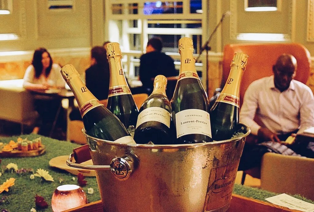 Andaz Catch Champagne Bar