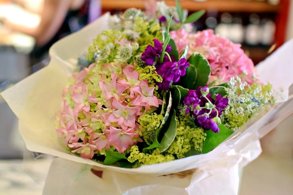 Moyses Stevens flower arranging class at Villandry