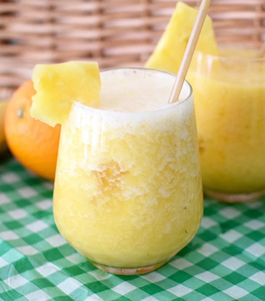 Banana Pina No Colada Mocktail recipe | London Lifestyle Blog The LDN Diaries