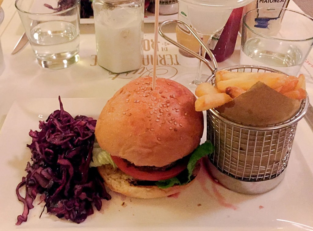 Baccano Burger In Rome   Places To Eat In Rome   The LDN Diaries