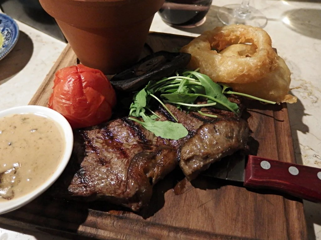 sirlion steak and onion rings
