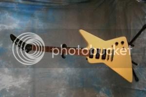 Beginner Q on Gibson Explorer III | Harmony Central