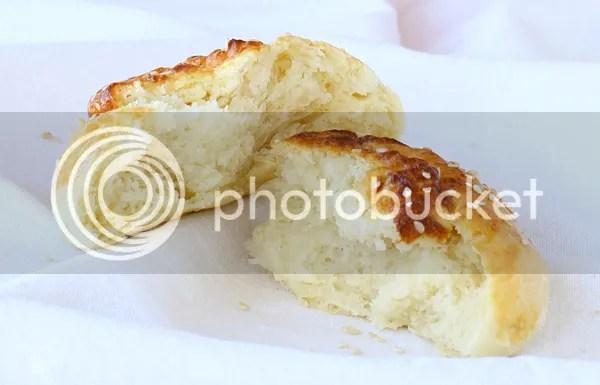 Savory yeast buns