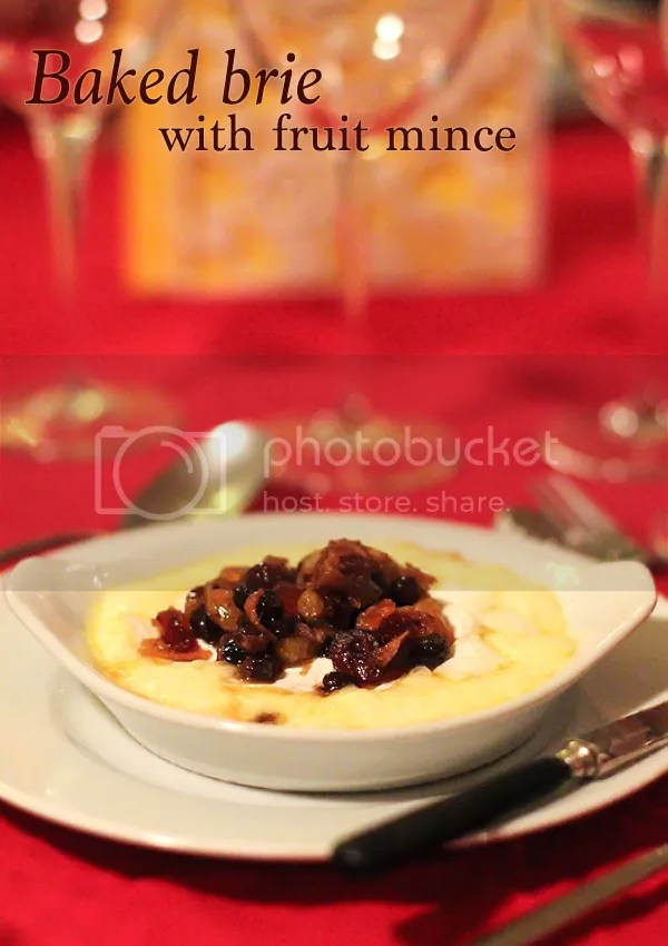 Baked brie with fruit mince