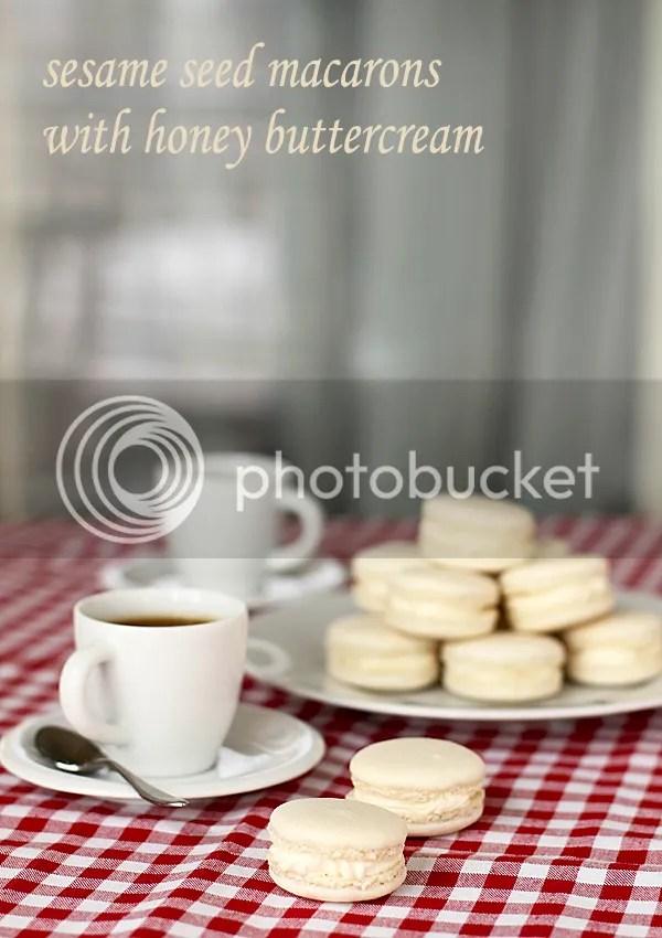 Sesame seed & honey macarons