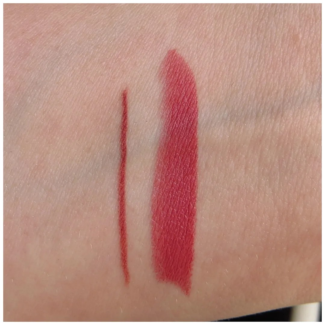 Lip Pencil by MAC #15