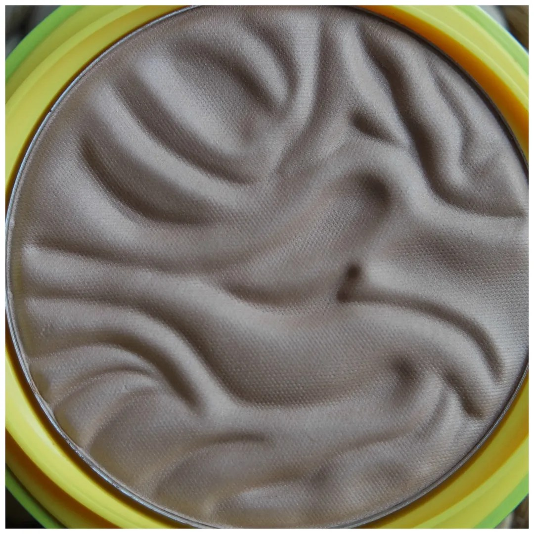 Physician's Formula Butter Bronzer Bronzer review swatch