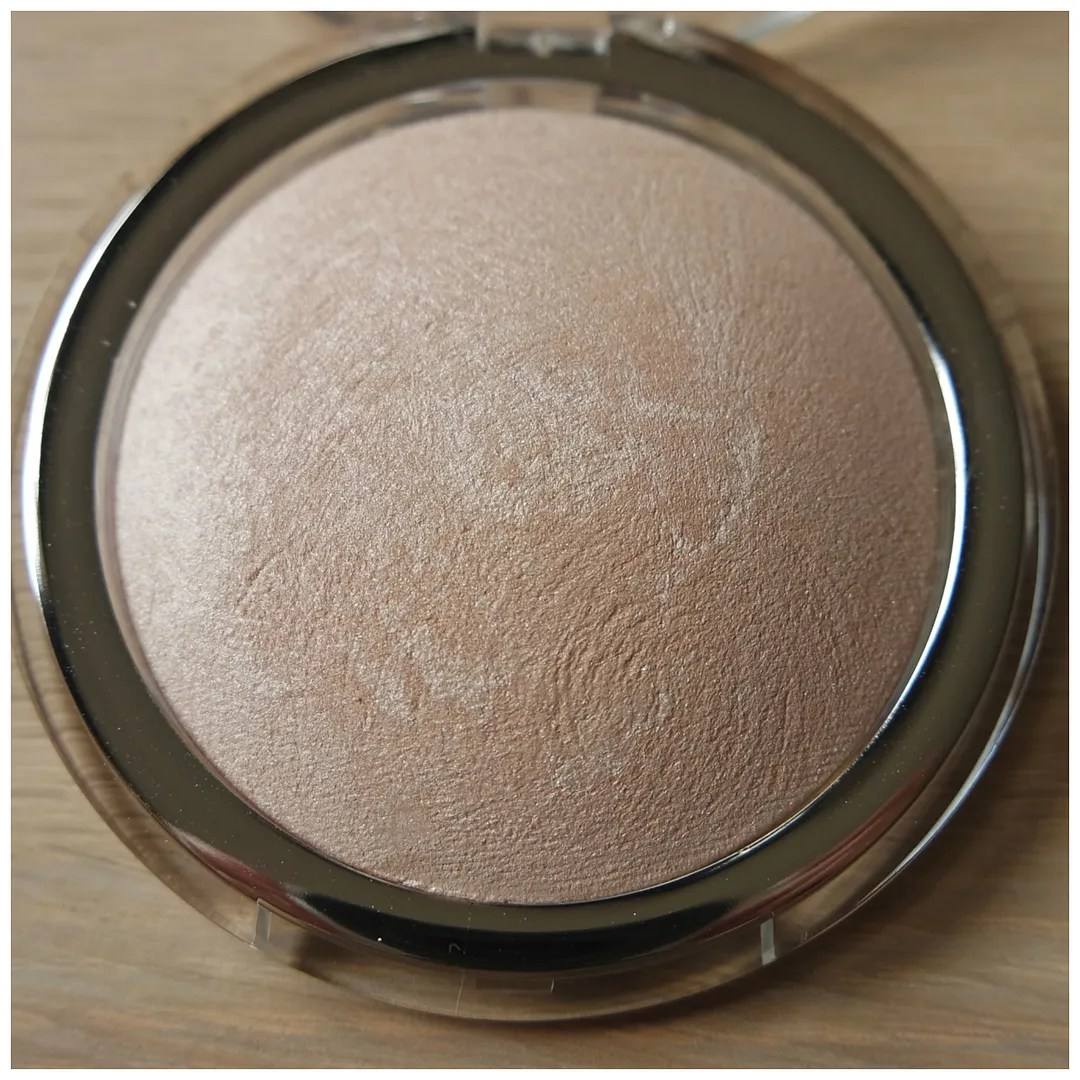 Catrice High Glow Mineral Highlighting Powder 010 Light Infusion