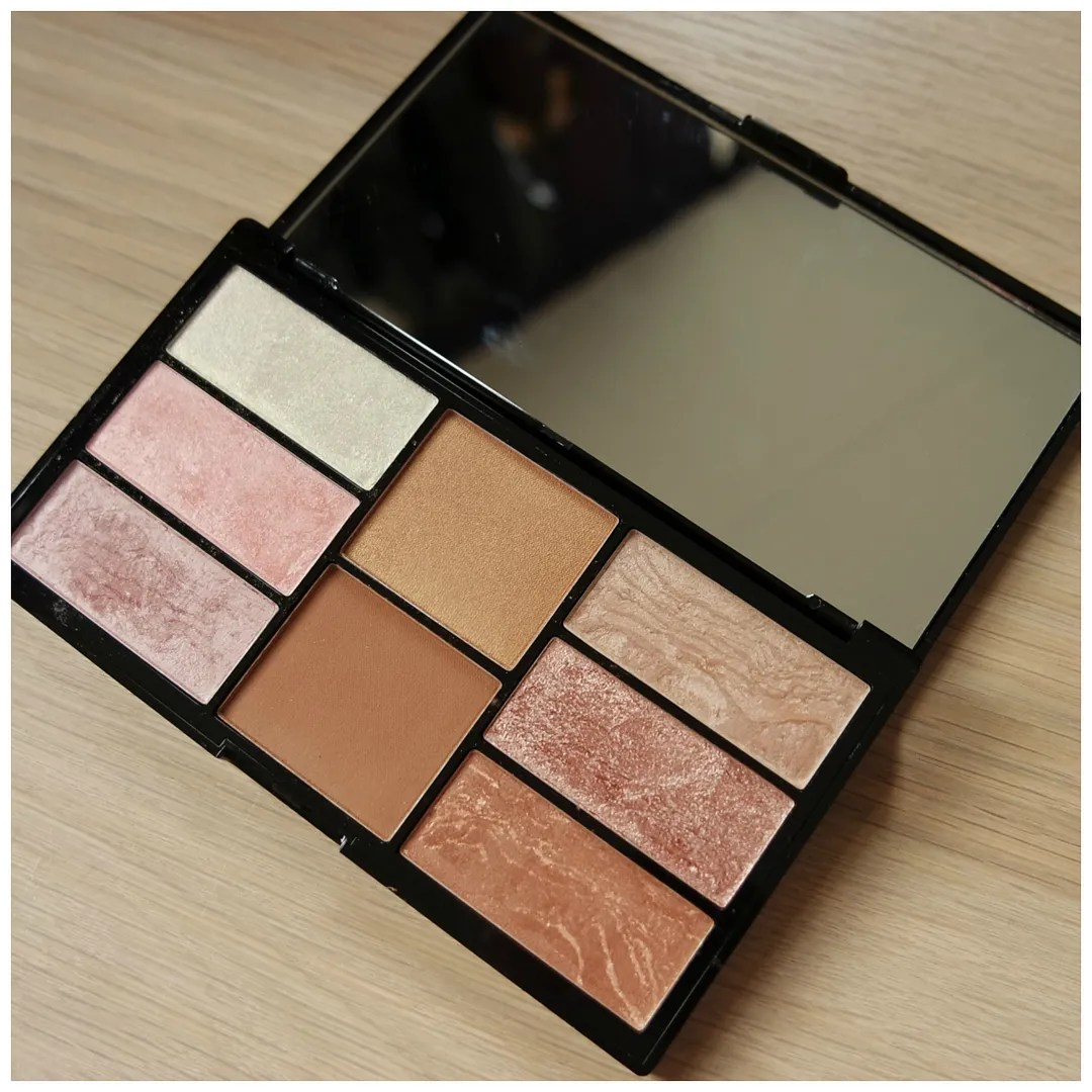 freedom brush bronzer highlight bronze & baked review swatch palette face pro blush palette bronzed & baked