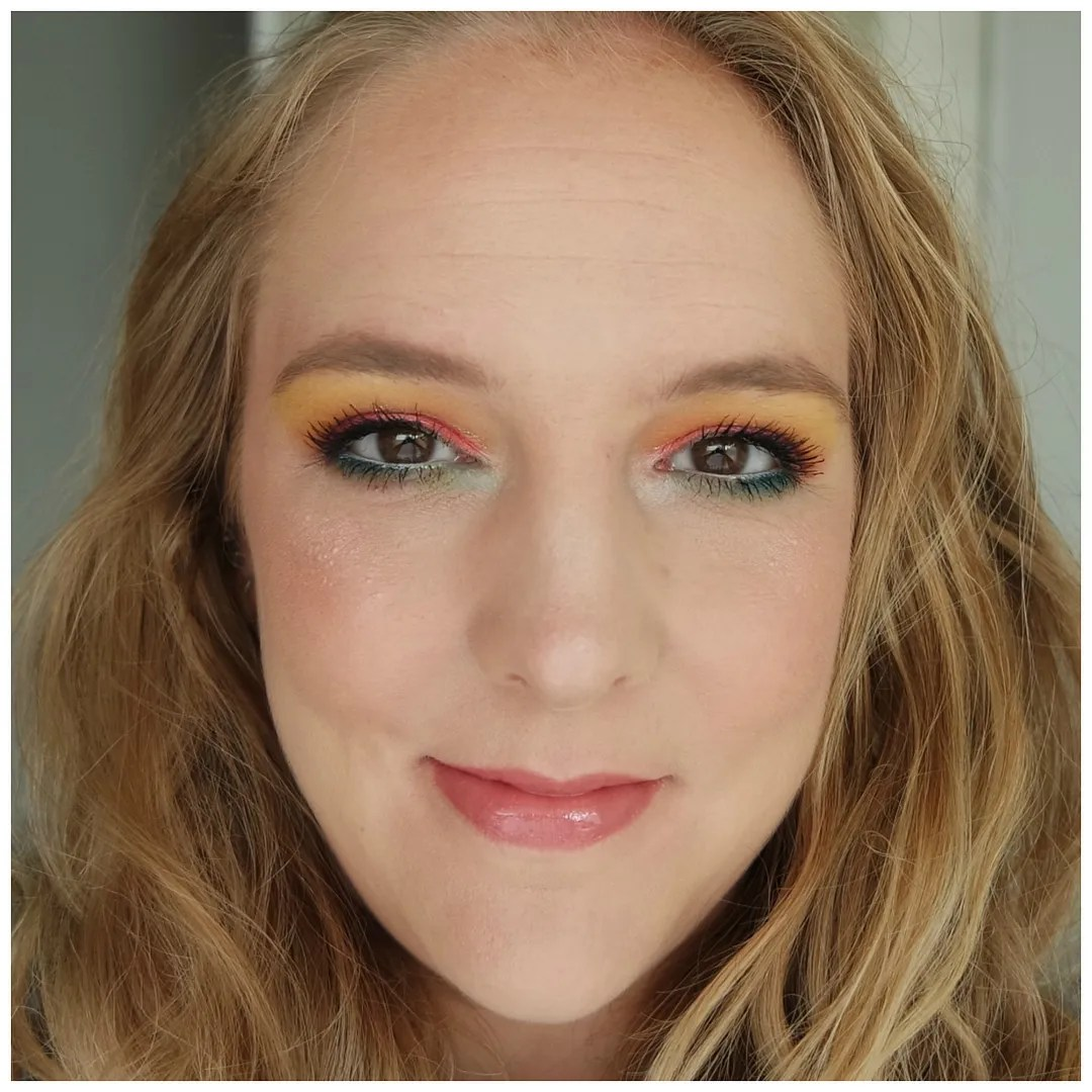 becca sunlit bronzer bali sands review swatch