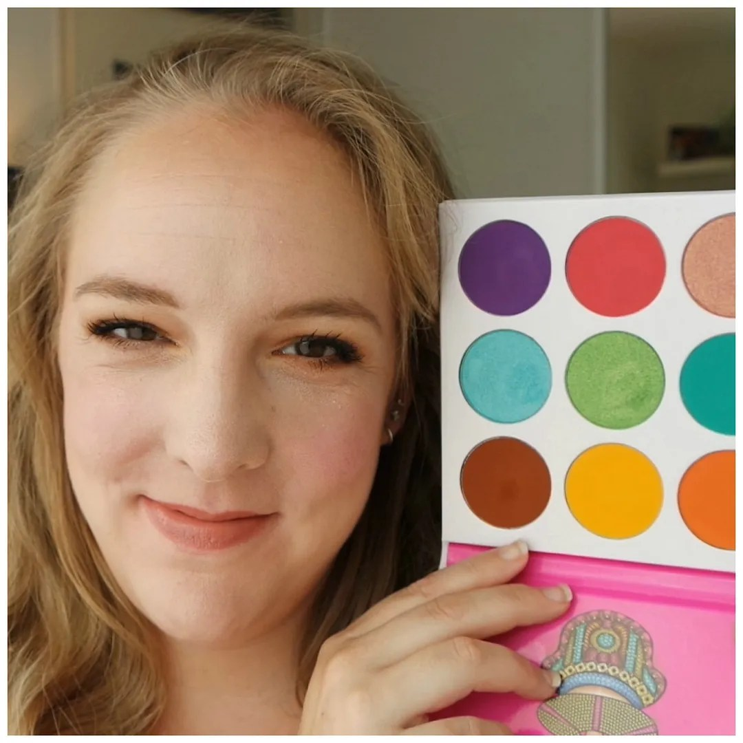colorful eyeshadow palettes