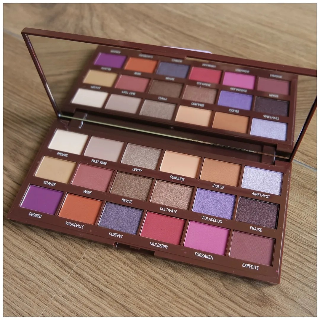 I heart revolution makeup revolution violet chocolate eyeshadow palette review swatch