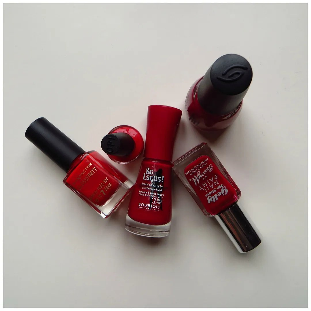 Best red nail polishes – Floating in dreams