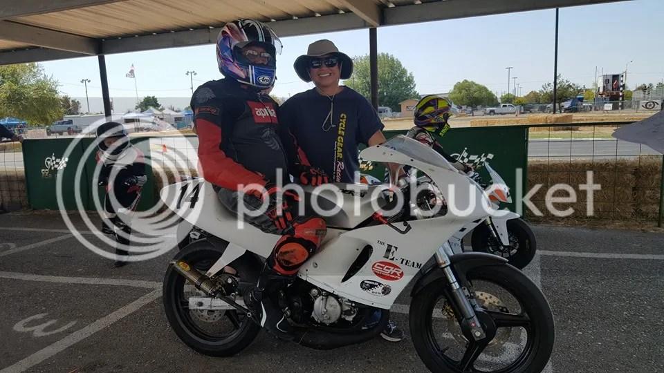 photo Ed on the track Derbi GPR_zpsvvtxfhiz.jpg