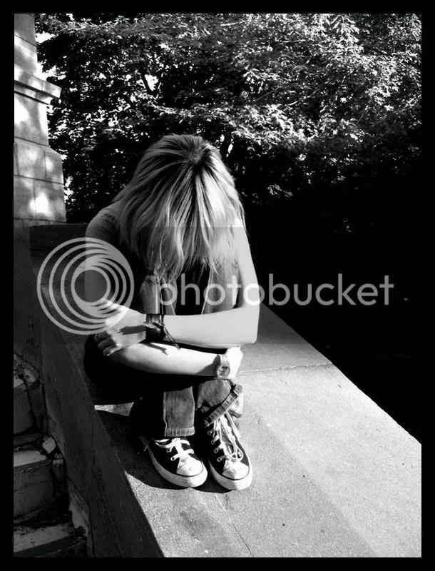 https://i2.wp.com/i107.photobucket.com/albums/m287/babyygirlkrystal/Emo___by_Singul-1.jpg