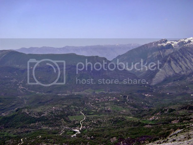 Gaining height - the view over Zagoria valley