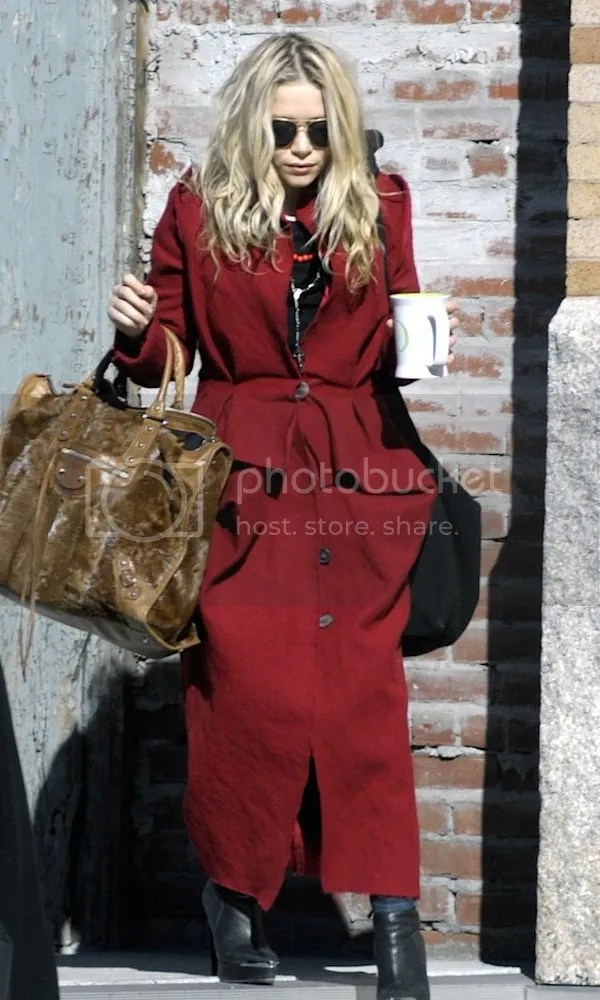 Olsens Anonymous Blog Style Fashion Get The Look Mary Kate Olsen Red Coat In New York City Nyc Aviator Sunglasses Coffee Balenciaga Bag Leather Wedge Bootie Candid photo Olsens-Anonymous-Blog-Style-Fashion-Get-The-Look-Mary-Kate-Olsen-Red-Coat-In-New-York-City-Nyc-Aviator-Sunglasses-Coffee-Balenciaga-Bag-Leather-Wedge-Bootie.jpg