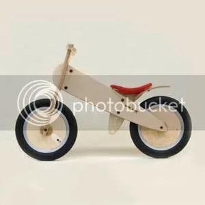 A pedal-less balance bike