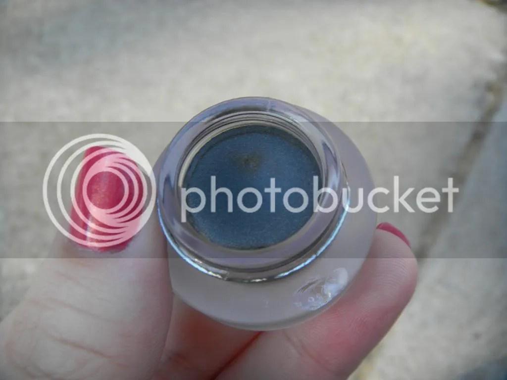 http://i1083.photobucket.com/albums/j388/TheRosySnail/DSCN5881.jpg