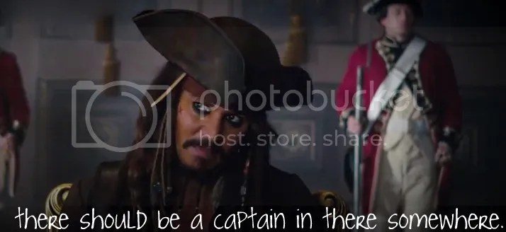 captain_in_there