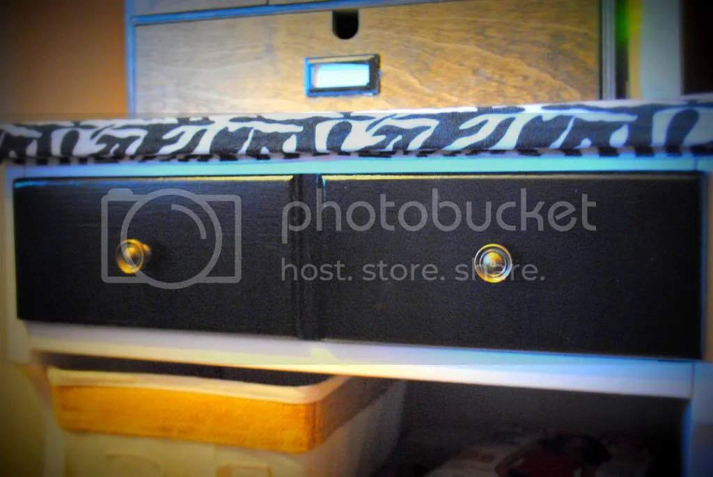photo MFKNighstand_zps54a423e5.jpg