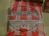 A packet of Bakery on Main Strawberry Shortcake Flavor Instant Oatmeal
