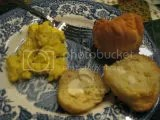 Sinfully Gluten Free Table Rolls with Scrambled Eggs