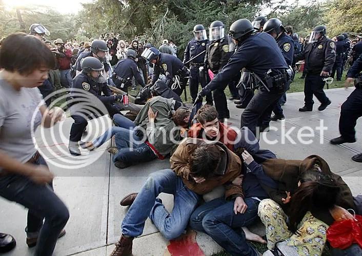 https://i2.wp.com/i1091.photobucket.com/albums/i398/99anon/Occupy6.jpg