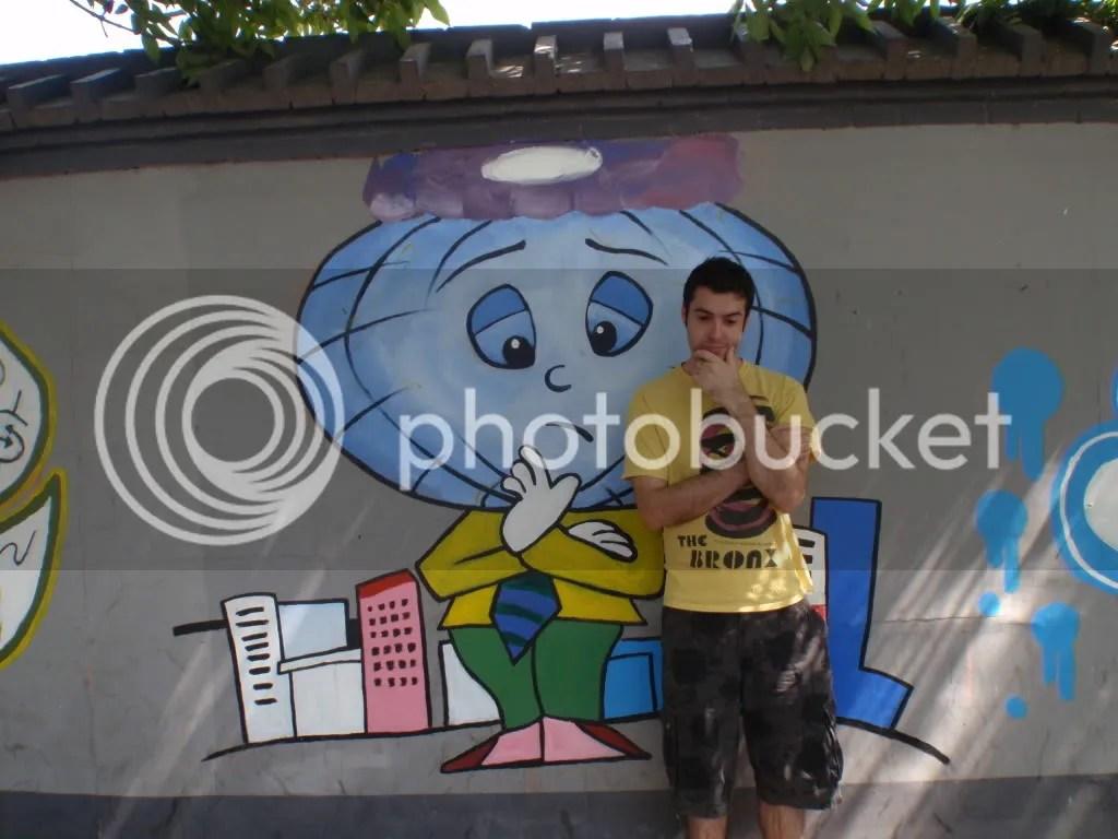 Graffiti posing