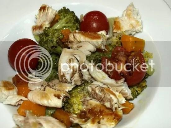 ensalada de brocoli y tomate