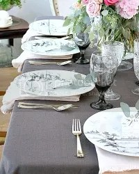 photo French-country-grey-tableclotht.jpg