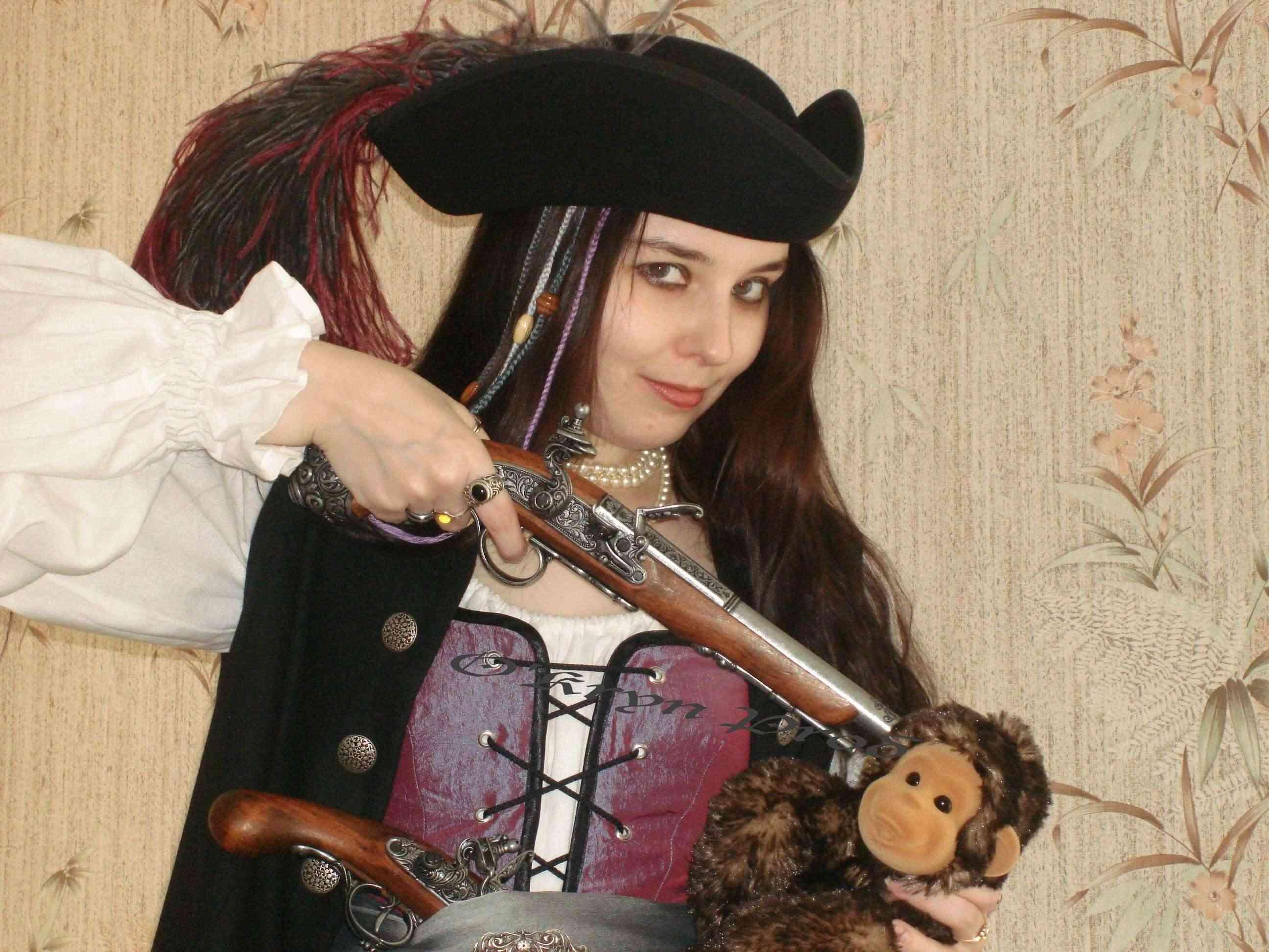costume pirate + singe
