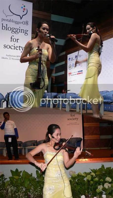 Nice and energetic violin performance