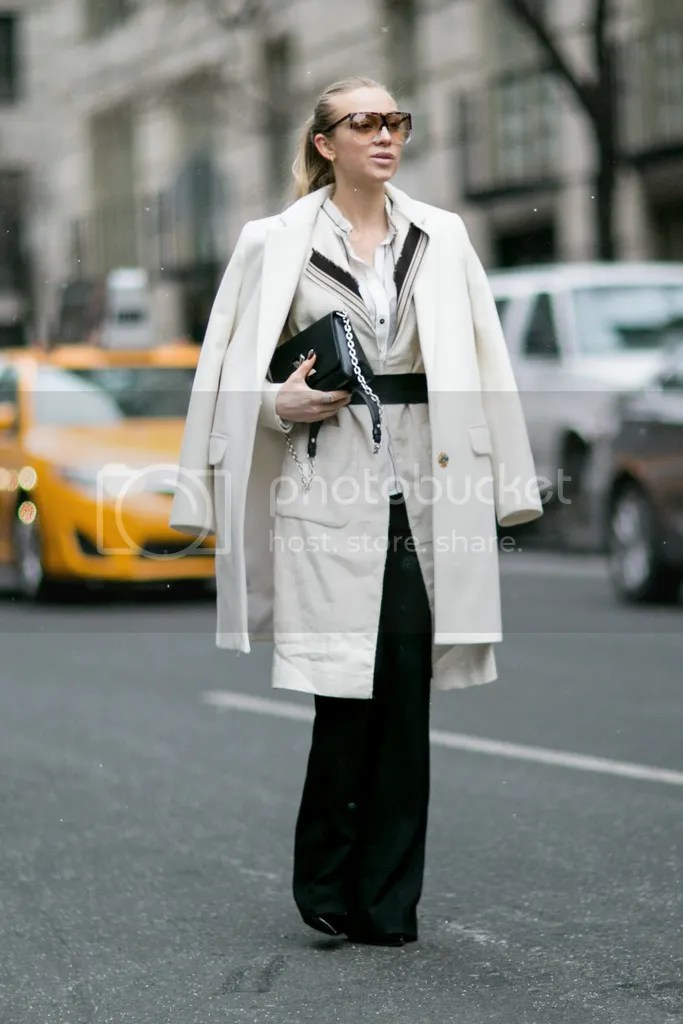 photo Fashion_Week_Streets_nyfwsts5_0216_069_hr_zpshpkolp54.jpg