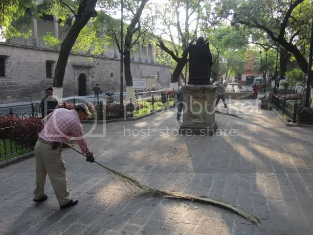 Diego sweeping in Jardin de las Rosas