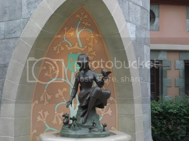 Cinderella Fountain Pictures, Images and Photos