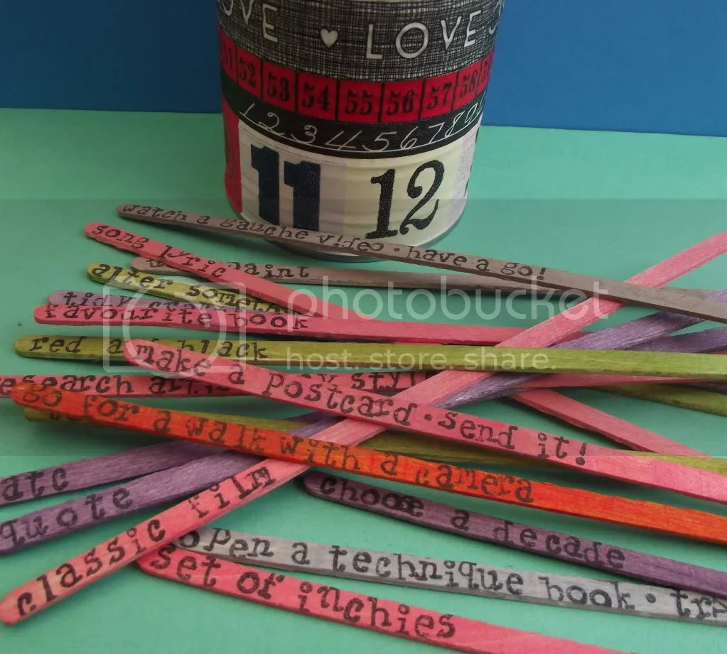 inspiration_colour_words_washi_tin