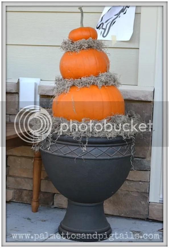 DIY Spray Painted Pumpkins into Winter Decor