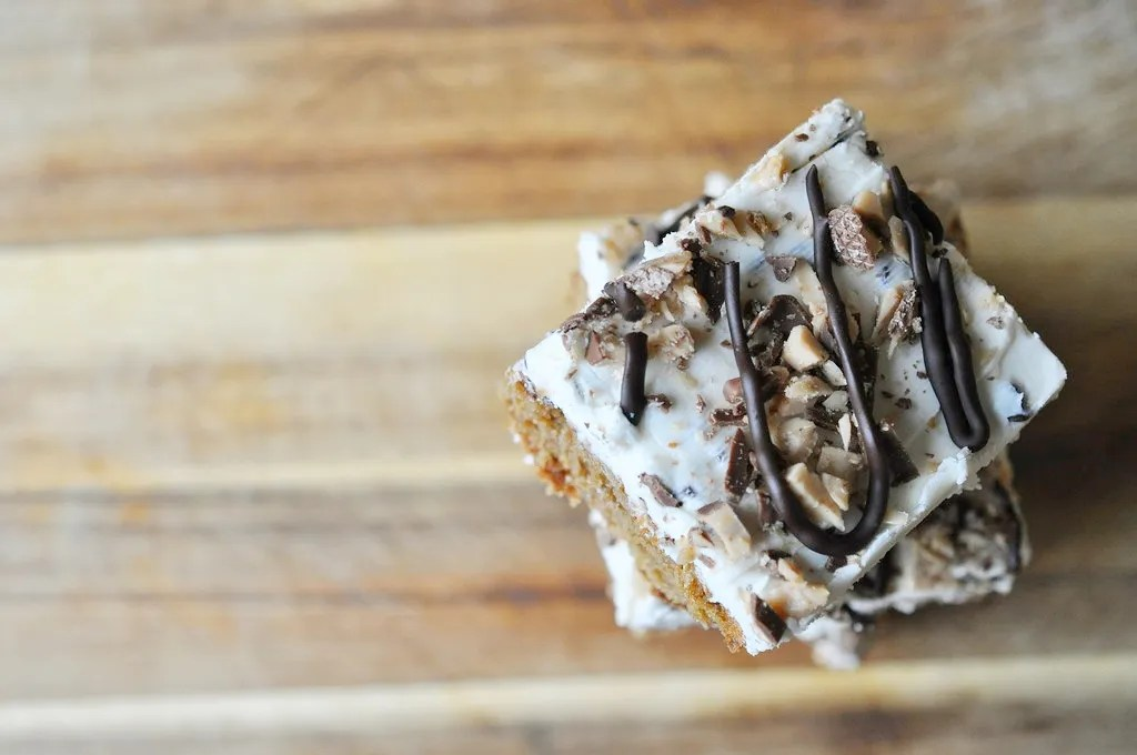 cassonade brown sugar cake with toffee frosting