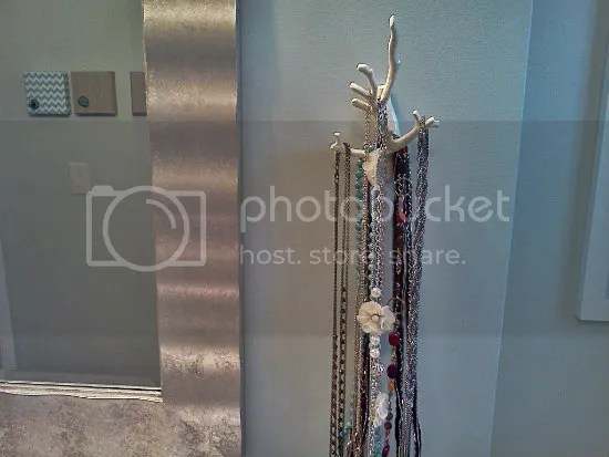 tree branch necklace hanger