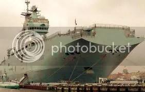 Orosz hadihajók a Kuril-szigetekre