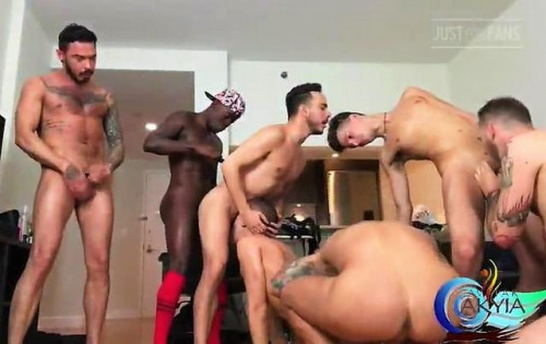 Avatar Akyia Raw Orgy
