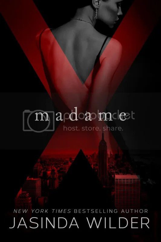 photo MadameX.jpg