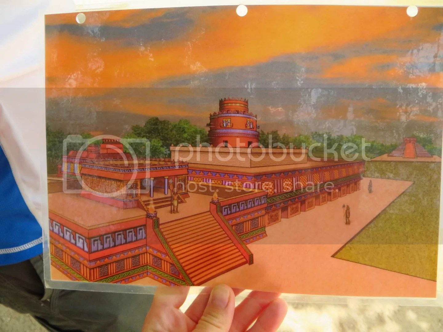 Chichen Itza Old ruins drawing with paint